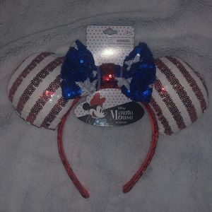 RED, WHITE, AND BLUE MINNIE MOUSE EARS